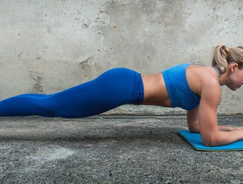 Plankoefening: de ideale opwarmer